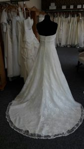 Brautkleid - Romance is in the Air - Brautparadies Jordan Leer