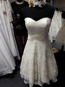 Rockabilly Brautkleid Hochzeit Braut 60er Jahre Brautparadies Jordan Leer